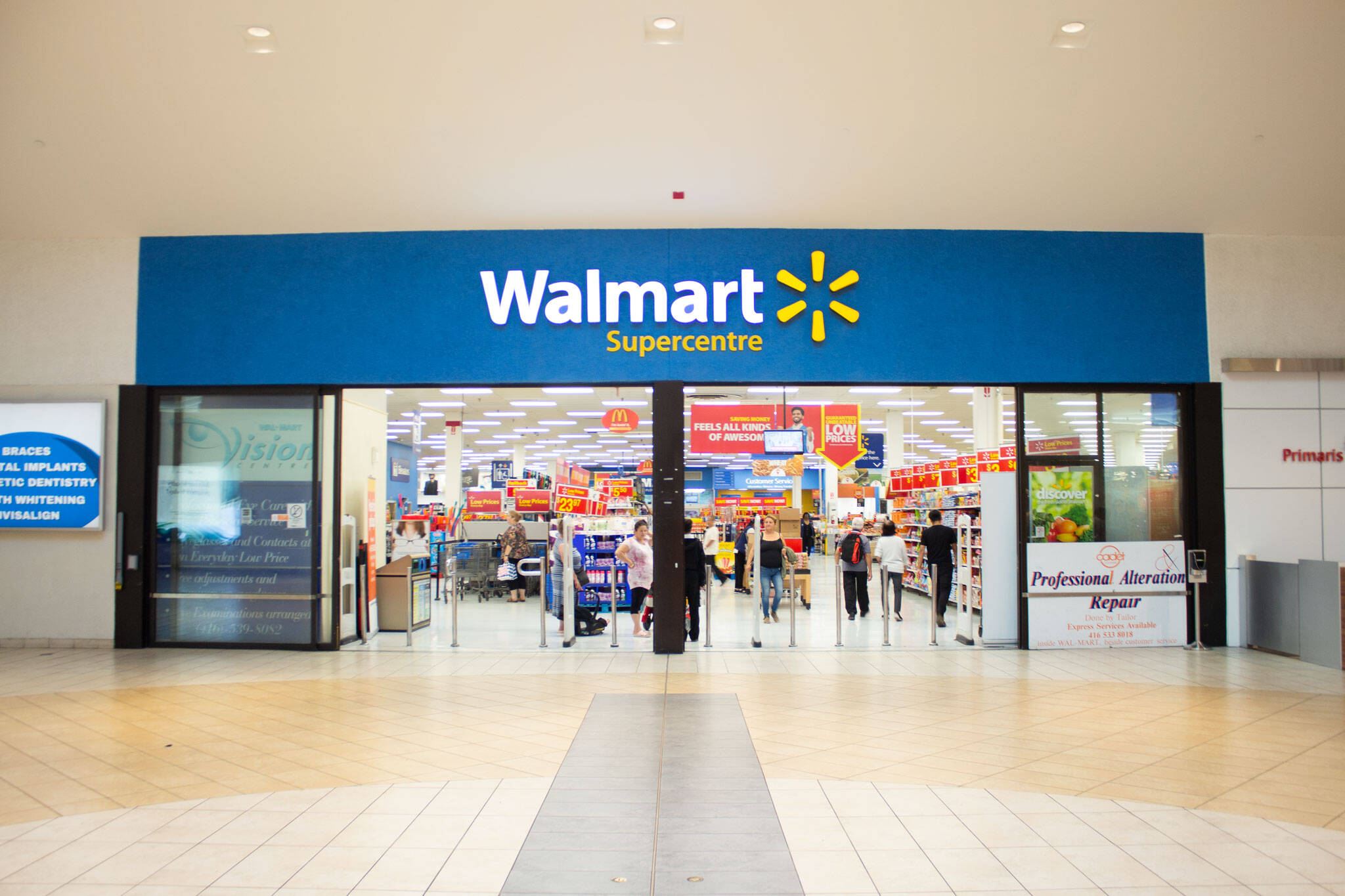 People In Canada Are Upset At Walmart After Online Orders Never Get Delivered