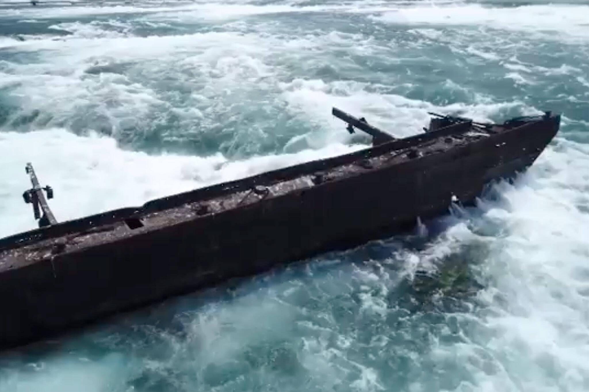niagara falls barge
