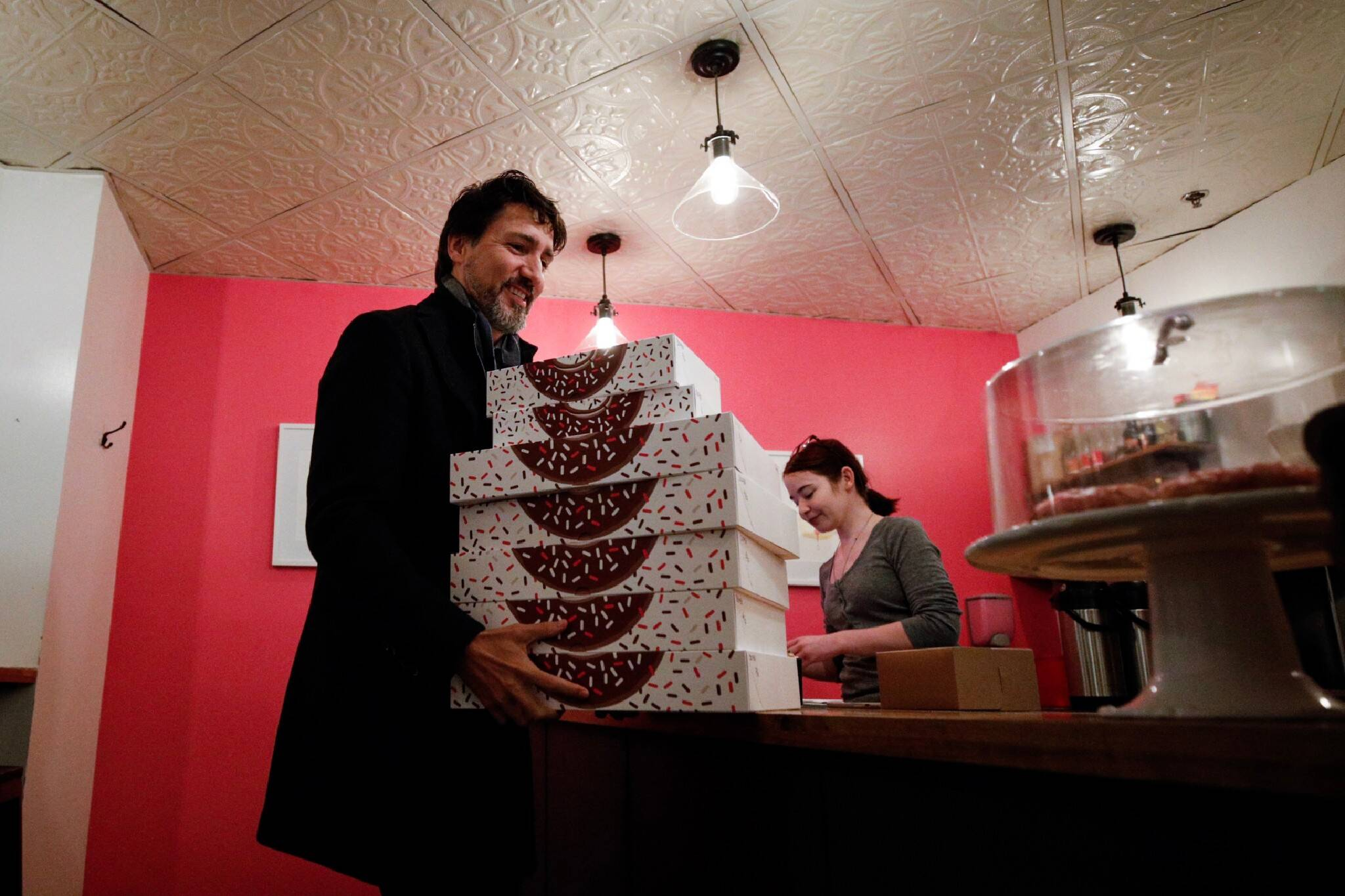 trudeau oh doughnuts