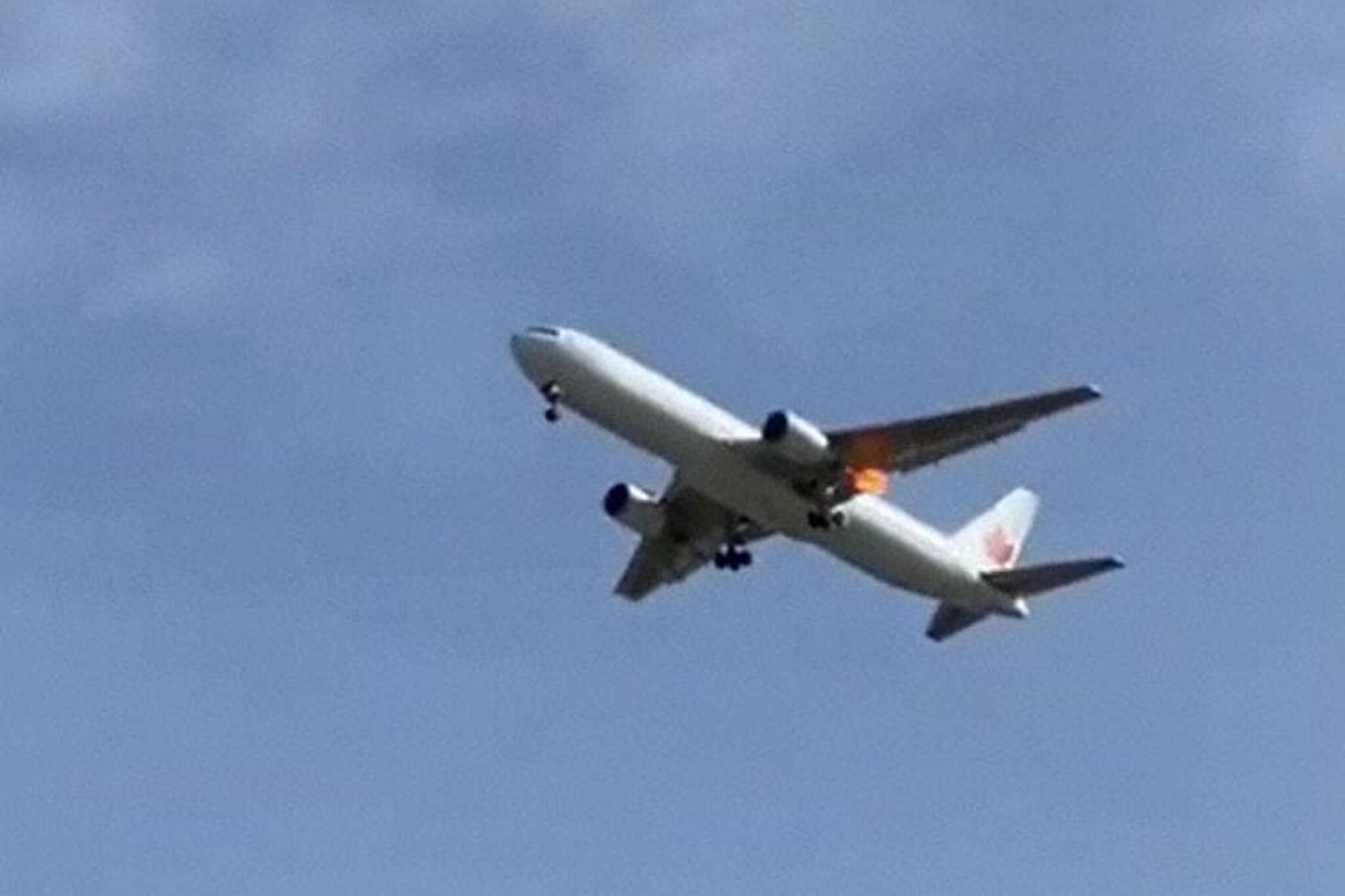 air canada emergency landing