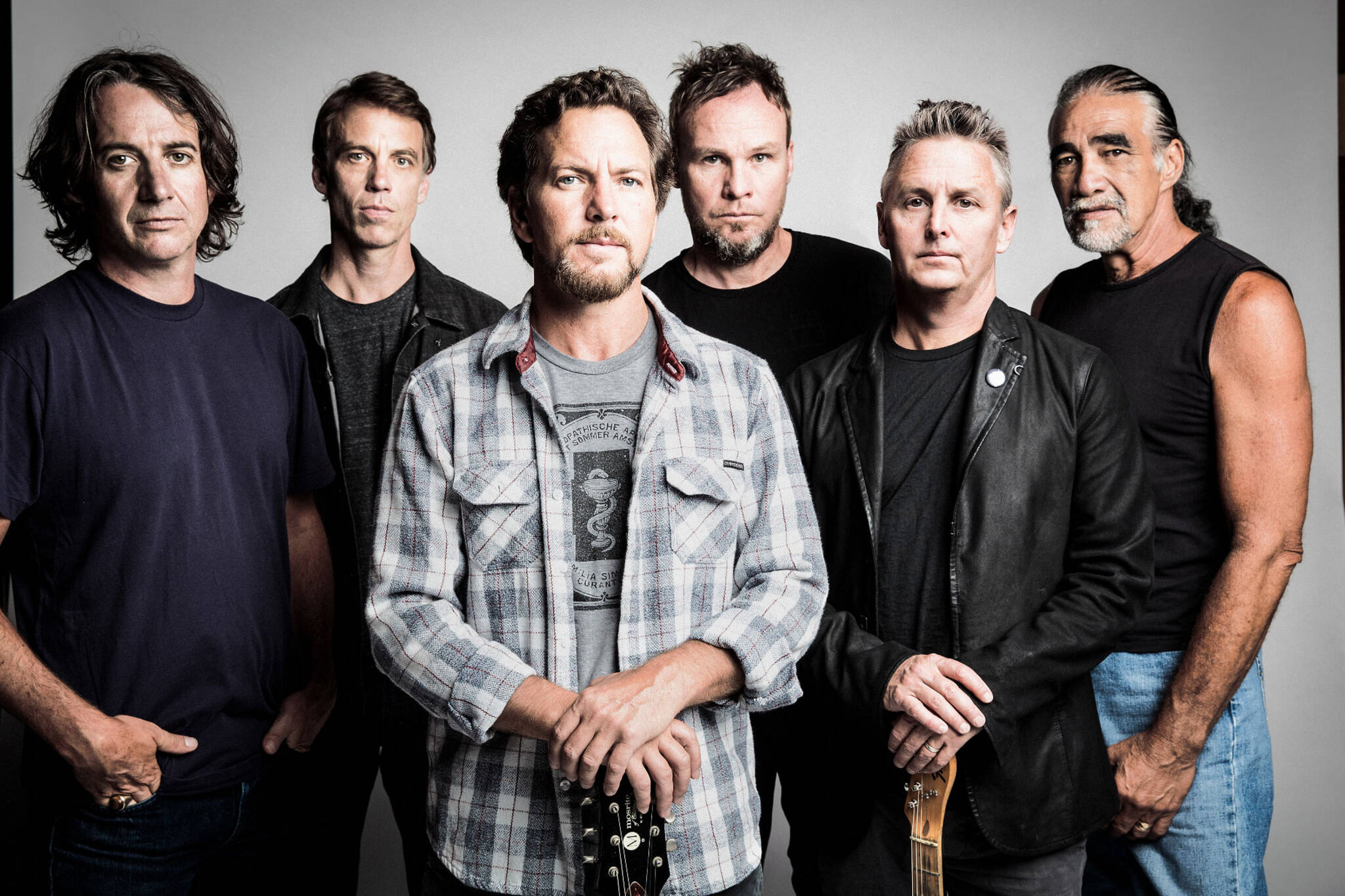 pearl jam postponed