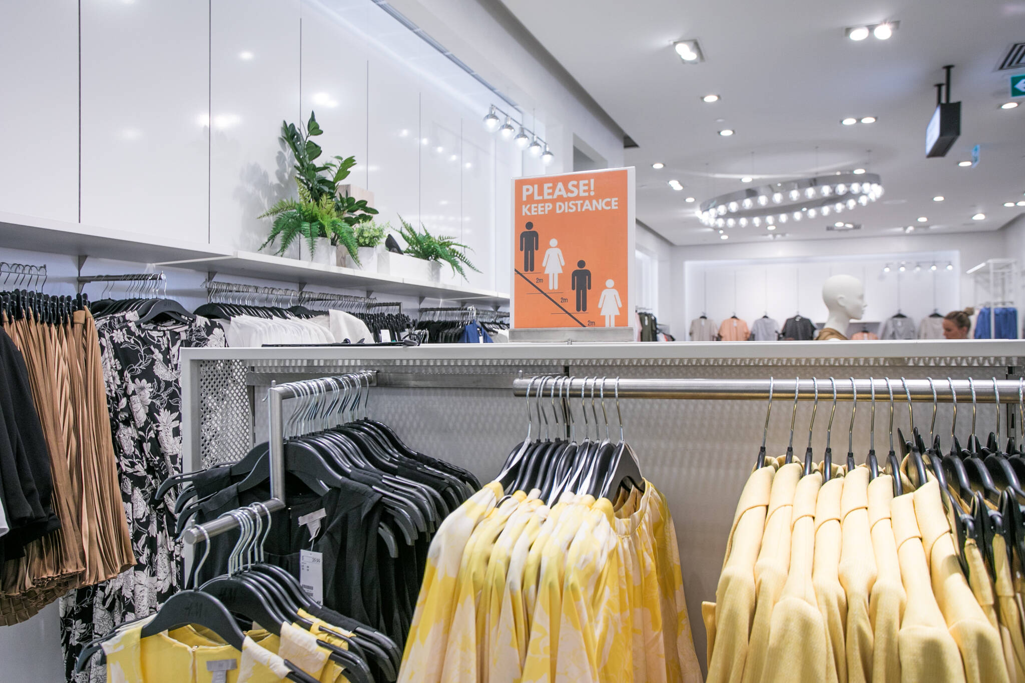canada retail sales
