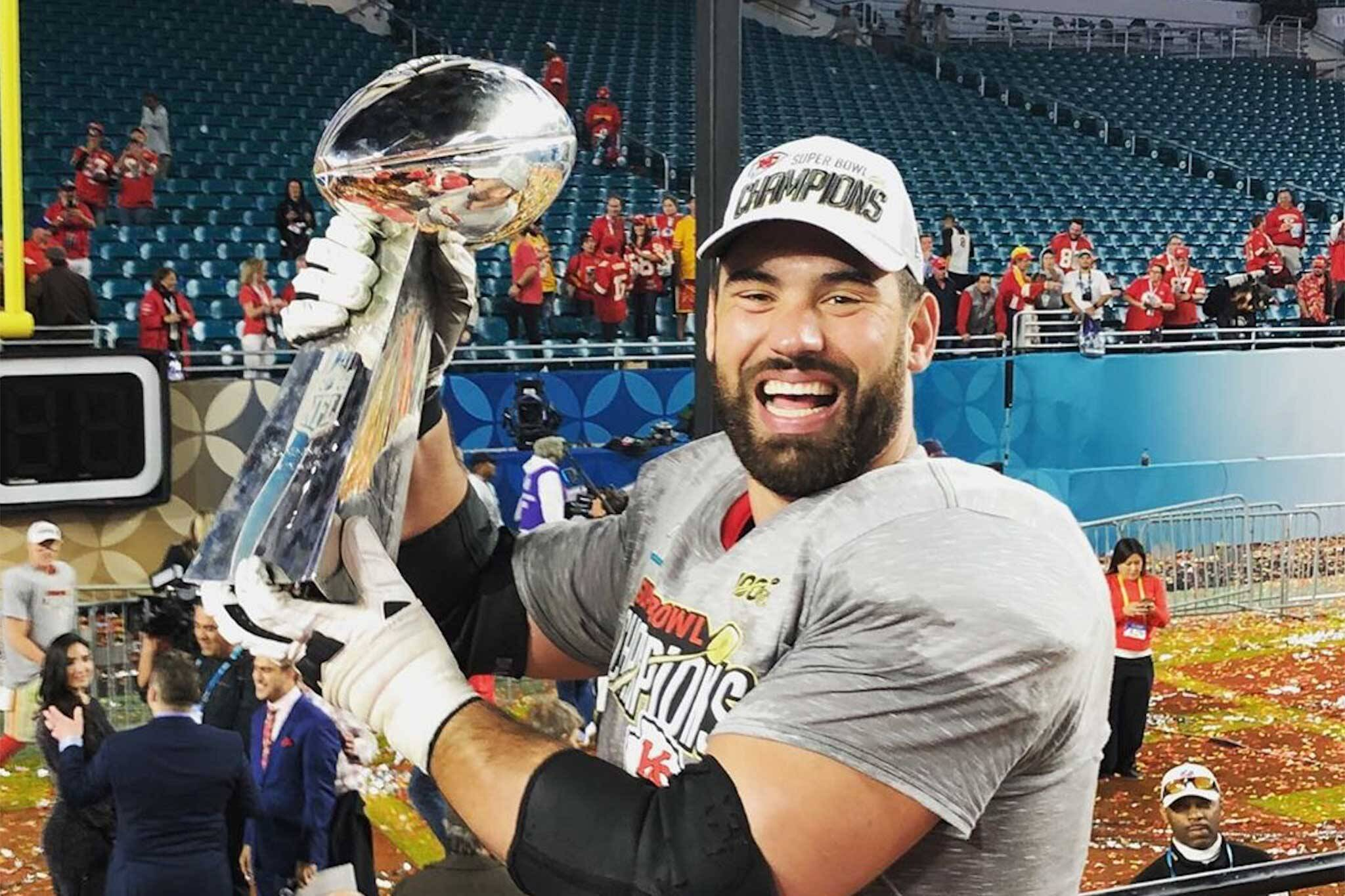 laurent duvernay tardif sports illustrated