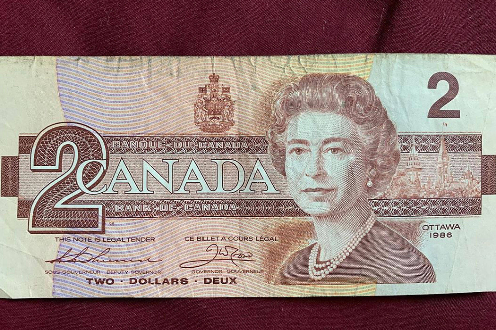 canadian two dollar bill